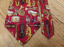 Alynn Syphony Neck Tie Instruments Orchestra Brass Drums Silk Made In USA - $7.99