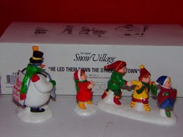 Dept 56 Snow Village - He Led Them Down The Streets of Town-NEW IN BOX - $10.78