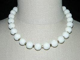 "VTG MONET Signed Gold Toned White Plastic Textured Beaded Necklace - 17.5"" - $29.70"