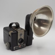 Vintage Kodak Brownie Hawkeye Bakelite 1950's Box Camera with Detachable... - $19.79