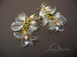 Pearl Wind Handmade Earrings Bridal White Flower transparent resin wedding - $24.00