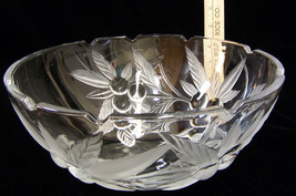 Heavy Glass Serving Vegetable Bowl Large Froste... - $18.49