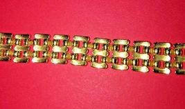 Vintage Avon link bracelet signed gold tone image 4