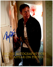 RYAN GOSLING  Authentic Original  SIGNED AUTOGRAPHED PHOTO w/ COA 220 - $75.00