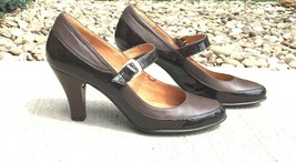 Sofft Womens 9M 2 Tone Brown Heels Mary Jane Leather Shoes Comfort - $39.20