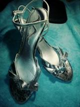 Nina Carle - Yy Silver Metallic Womens Size 9M Heels w/Rhinestones - $21.53