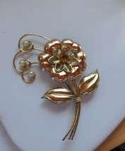 Vintage Signed HI 1/20 10K Gold Flower Brooch/W Pearls & Amber Stone - $74.25