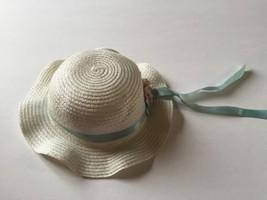 Girls White Easter Hat - $6.92