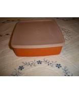 Vintage Tupperware Sandwich Keeper - $5.00