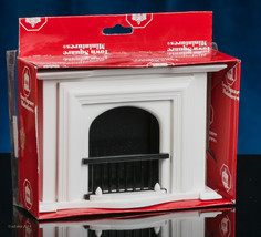 Miniature White Town Square FIREPLACE with Mantel and Screen in Dollhous... - $18.99