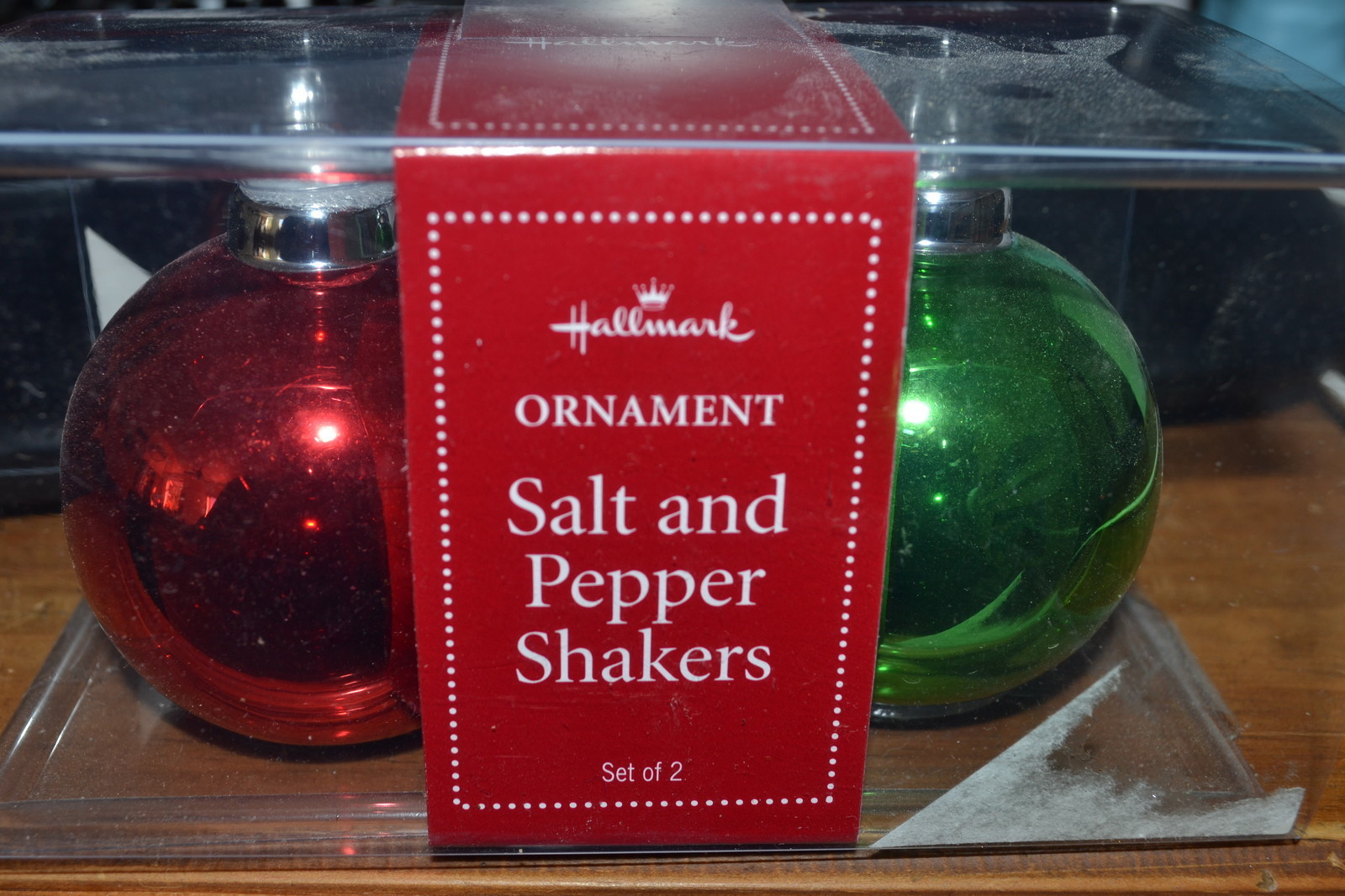 Hallmark Ornament Salt & Pepper Shakers - NEW - 2008 Edition