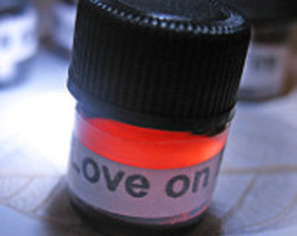 Haunted LOVE ON FIRE OIL POTION PASSION LOVE ROMANCE MAGICK WITCH Cassia4  - $30.00