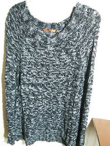 BELLDINI LADIES SIZE L SWEATER BLACK / WHITE NWT - $23.99