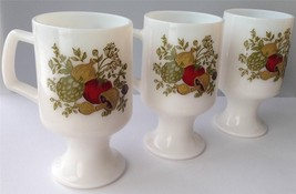 3 Spice of Life Corning Corelle Pyrex Footed Vegetable Pattern Mug Milkglass