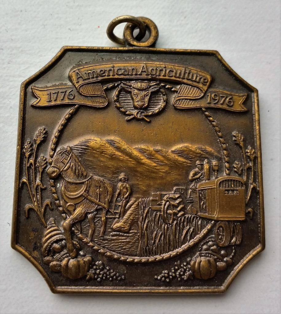 1976 Bicentennial Ortho Medal Medallion Advertising American Agriculture Brass