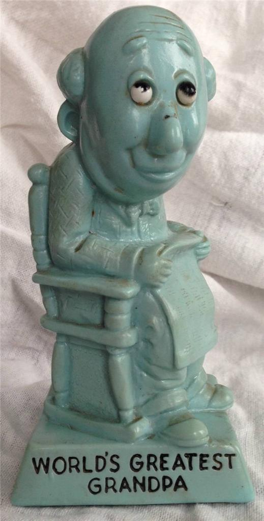 W&R Berries 1970 Sillisculpt Statue Made in USA 'WORLD'S GREATEST GRANDPA' Blue