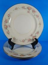 Vintage 3 Homer Laughlin Eggshell Georgian L47 N5 Dinner Plates - $9.69