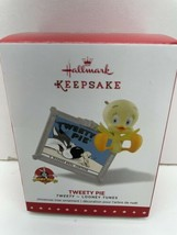 Hallmark Christmas Ornament Tweety Pie Looney Tunes 2015 NEW in Box - $8.86