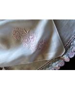 2 Pretty White Linen Vintage Handkerchiefs Pink Foral Bouquet Embriodery... - $9.90