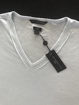 John Varvatos Star USA Men's Short-Sleeve V-Neck Tee Shirt Ivory 2XLarge - $281,57 MXN