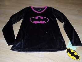 Size Small DC Comics Batman Black Pink Logo Pajama Sleep Top Shirt Soft Faux Fur - $14.00