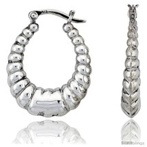 Sterling Silver High Polished Classic Hoop Earrings, 1 1/16in   - $942,43 MXN