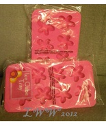 2 pink luau flower-shaped Summer Ice Cube trays... - $3.99