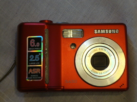 Samsung Digimax S630 6MP Digital Camera with 3x Optical Advanced Shake R... - $25.00