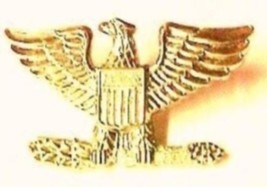 Set of 2 Colonel Eagle Collar Pin Devices US Military Rank Gold Pin 906 New image 5