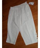 SALEM STRAITS CAPRI SIZE PM WHITE LIGHTWEIGHT NWT - $17.99