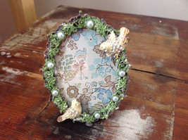 Antiqued Metal Pale Yellow Bird Green Oval Photo Frame Pearl Jewel Accented image 3