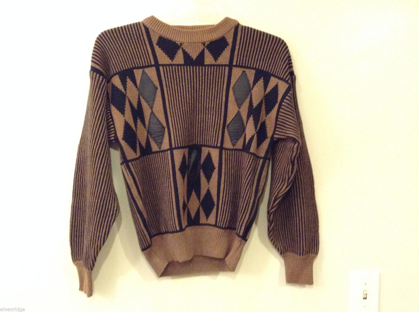 Women's Size XL Sweater Geometric Black Diamond & Striped Print on Tan + Leather