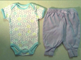 Girl's Sz 0-3 M Months 2 Piece Outfit Mini Muffin Circle Top & Purple F.G. Pants - $2.00