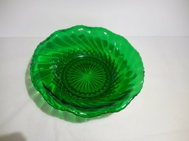 """Anchor Hocking Forest Green Scalloped Bowl 6 1/2"""" Salad, Candy - $9.99"""