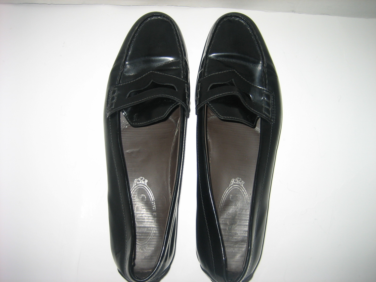 TOD'S Women's Black Patent Leather Penny Loafers Made in ...