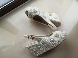 bridal woman sandlas ivory pearls gold rhinestone flowers wedding wedge shoes image 2