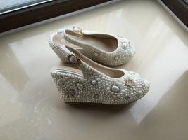 bridal woman sandlas ivory pearls gold rhinestone flowers wedding wedge shoes image 5