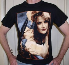 TRISHA YEARWOOD CONCERT T SHIRT VINTAGE 1995 - $64.99