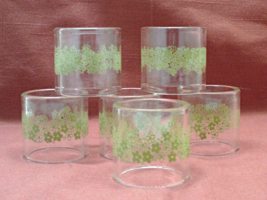 Vintage set of Six Pyrex Glass Spring Blossom Napkin Rings // Green Flowers  - $11.20
