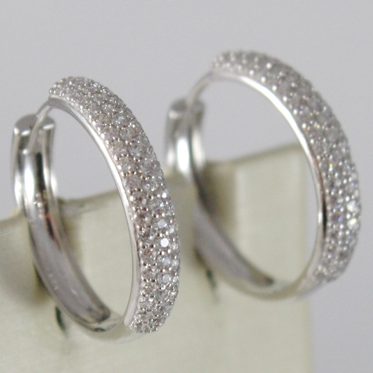 White Gold Earrings 750 18K Circle, Diameter 2 cm, Triple Row Zircon, 3 MM