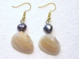 Tan Cream Seashell Silver Blue Peacock Cultured... - $2.25
