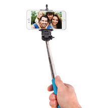 "Smart Gear 42"" Extendable Monopod Selfie Stick - Blue - $15.51 CAD"