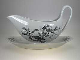 Wedgwood Partridge In a Pear Tree Gravy With Attached Liner - $52.42