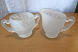 Vintage Indiana Glass Oleander Willow Magnolia Frosted Glass Cream & Sug... - $16.00