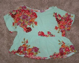 Forever 21 Blue Floral Printed Short Sleeved Top Size M th - $7.99