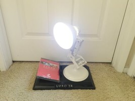 RARE DISNEY PIXAR LIMITED EDITION LUXO JR. COLLECTIBLE DESK LAMP DVD Short Film image 2