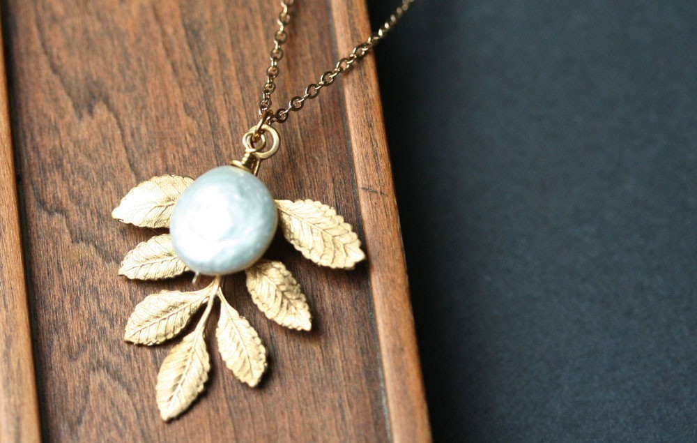 Leaf Pearl Necklace Coin Pearl Necklace Golden Branch Pearl Pendant