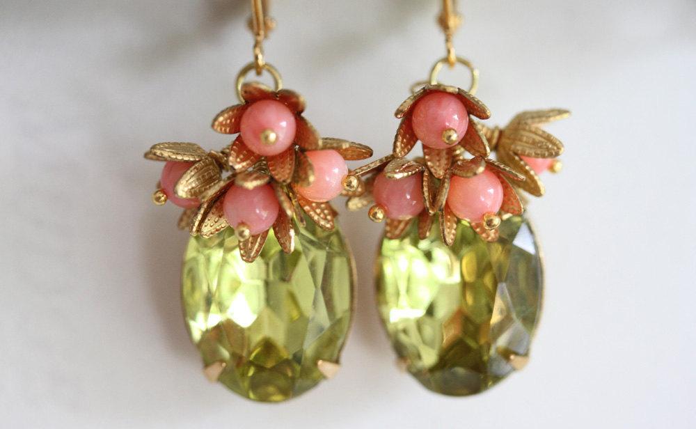Coral Earrings, Green Glass Stones, Green Earrings,  Vintage Glass, Vintage Jewe