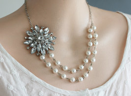 Pearl Necklace Free Matching Earrings,Crystal and Pearl Necklace, Wedding Neckl - $52.00