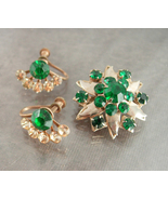 Vintage Rhinestone brooch screw back earrings set Irish emerald green sa... - $55.04 CAD